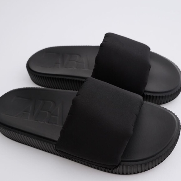 🔥🔥ZARA Black Quilted Pool Slides Slippers 7.5